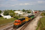 BNSF 2803  Leaving the yard